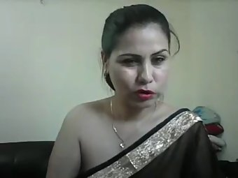 Hot Indian Aunty Meenakshi