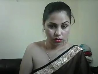 Jhanvi Bhabhi In Black Sari