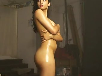 Porn Audition Of Beautiful Indian Babe Naked Giving Hot Sexy Poses