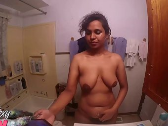Horny Indian Babe In Bathroom